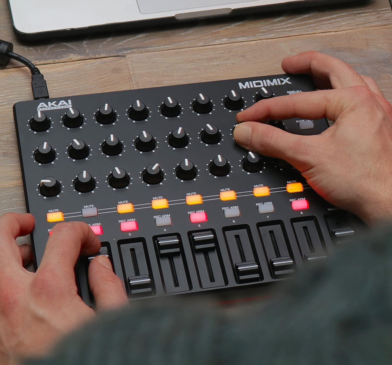 thiết bị làm nhạc dễ sử dụng nhất - MIDIMIX